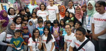 Nissan Ajak Karyawan Volunteering di Rumah Sakit